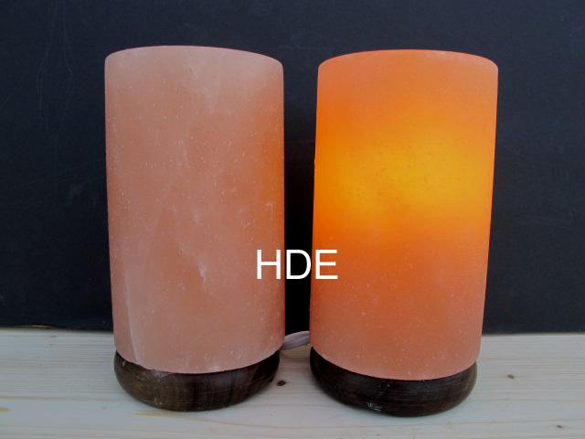 salzkristall lampe zylinder mit holzsockel. Black Bedroom Furniture Sets. Home Design Ideas